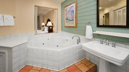 Cuarto de baño |  Villa de dos dormitorios |  Disney Old Key West Resort