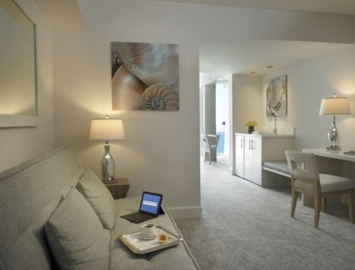 https://suiteness.imgix.net/destinations/miami/grand-beach-hotel-miami/suites/2-bedrooms-bayfront-suite/living-room-.jpg?w=96px&h=64px&crop=edges&auto=compress,format