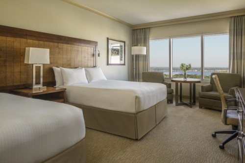 https://suiteness.imgix.net/destinations/orlando/hyatt-regency-orlando/suites/family-suite-2-queen-beds/2-queen-beds.jpg?w=96px&h=64px&crop=edges&auto=compress,format