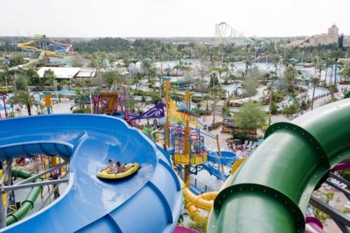 fãs parque aquático devem vista Aquatica do SeaWorld enquanto em Orlando.  |  As suites do Staybridge Suites Orlando at SeaWorld